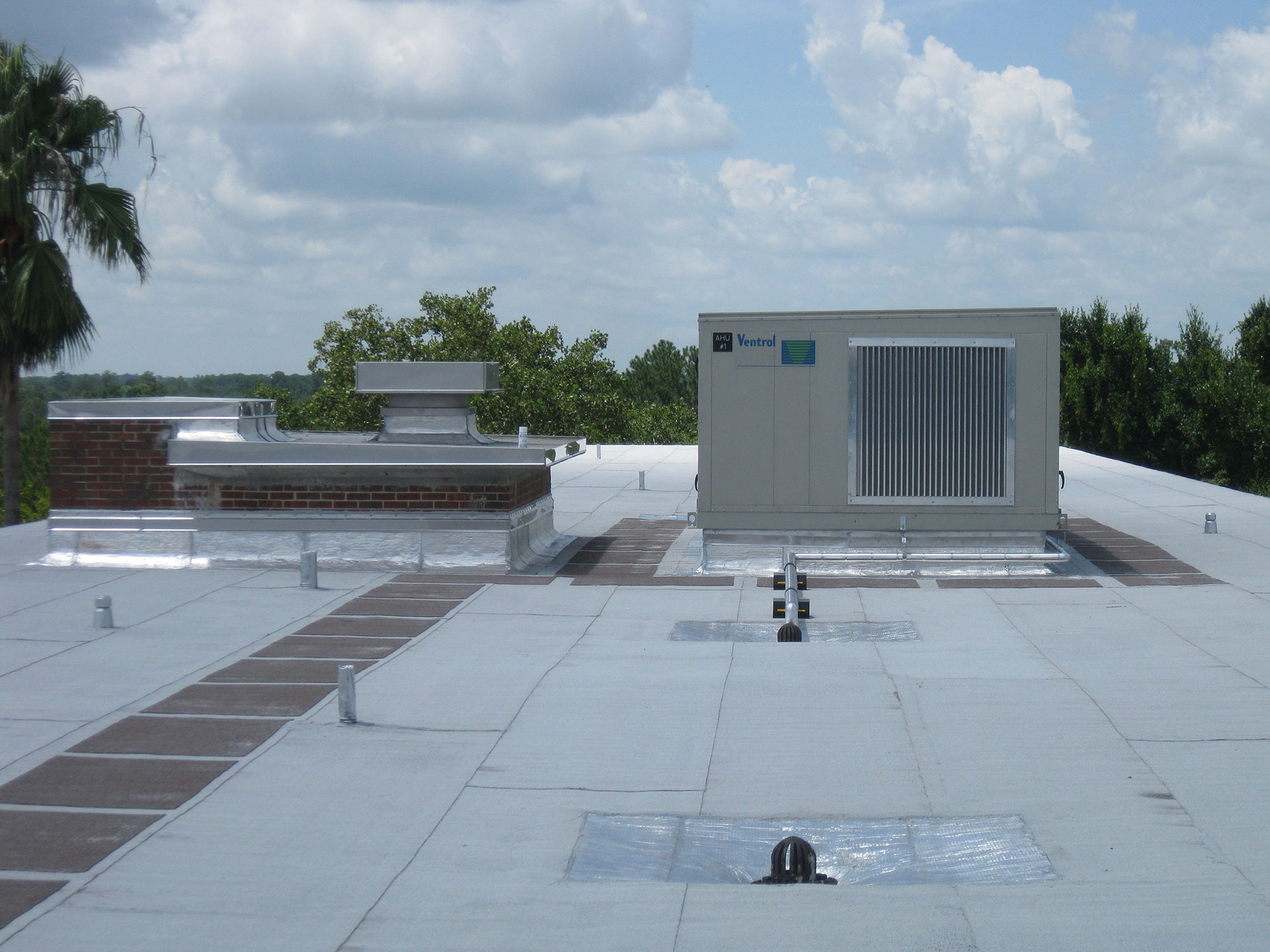 UF Weaver Hall AHU Roof and Electrical Oelrich Construction